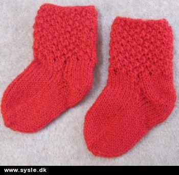 d5785f54722 Sysle.dk - Håndarbejdsbutik: Håndstrikket babysokker - fodlængde 7cm ...